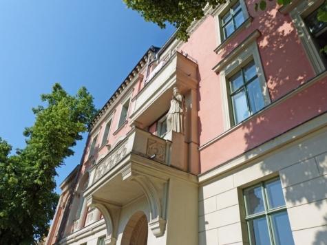 """""""Il Palazzino"""" Sanierte ETW mit 2 Balkonen in einem denkmalgeschütztem Villenensemble, 14469 Potsdam, Etagenwohnung"""