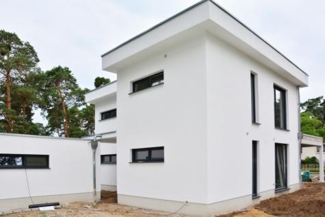Zeitloser Bauhausstil in Potsdam,Wildpark West, wald -und wassernah,, 14548 Schwielowsee, Einfamilienhaus