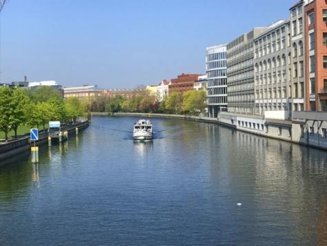 Balkonwohnung in Bestlage zwischen Spree und TU in Berlin-Charlottenburg, 10587 Berlin, Etagenwohnung