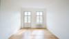 Bezugsfreie & kernsanierte Altbauwohnung mit 2 Balkonen in Potsdam-Babelsberg - Wohnzimmer