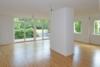 Bezugsfrei + Top Renoviert: Terrassenwohnung mit großem Gemeinschaftsgarten im Babelsberger Kiez - Wohnzimmer