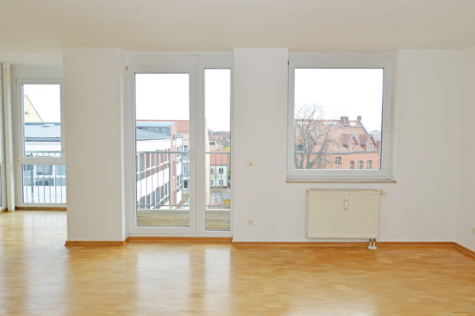 Bezugsfreie Dachgeschoss-Maisonette mit Fahrstuhl & Balkon mit Blick über die Dächer von Babelsberg, 14482 Potsdam, Dachgeschosswohnung