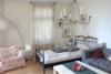 Sanierter Altbauklassiker bietet vermietete Balkonwohnung im Babelsberger Kiez - Wohnbereich