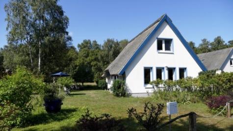 Ferienhaus in der Heide zwischen Vitte und Neuendorf, 18565 Insel Hiddensee, Ferienhaus