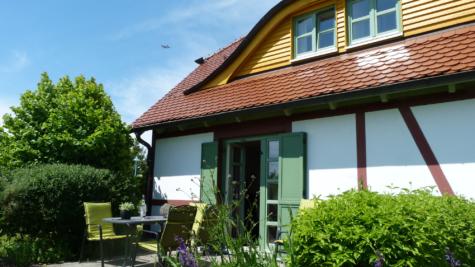 Derzeit reserviert – Insel Rügen – Ferienhaus ruhige Lage, 18556 Dranske Bakenberg Rügen, Reiheneckhaus