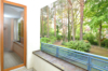 Bezugsfreie Wohnung mit Balkon & Stellplatz in bester Lage von Kleinmachnow - Zugang vom WZ zum Balkon
