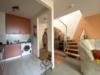 Vermietete Maisonette-Wohnung mit Balkon, EBK & Fahrstuhl als ideale Altersvorsorge - Wohnbereich mit offener Küche
